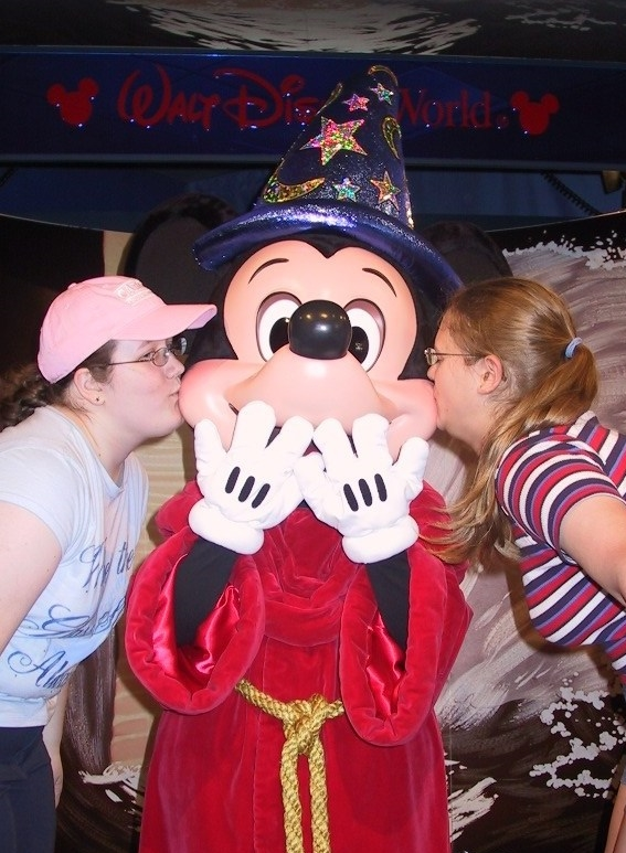 kissing mickey
